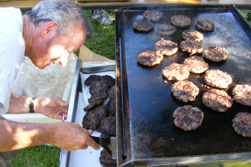2010 to be the thousand-burger regatta