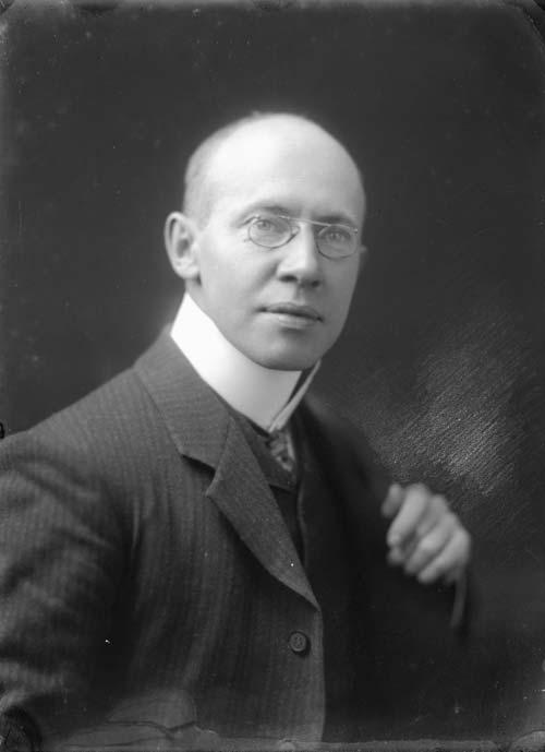 Frank Morton