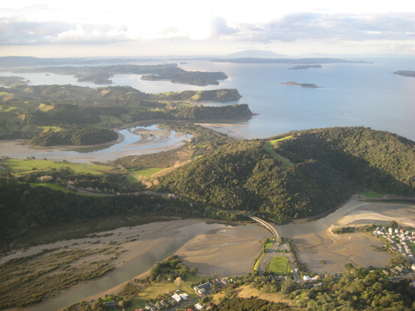 Aerial photograph of-Mahurangi coastline, Waiwera in foreground