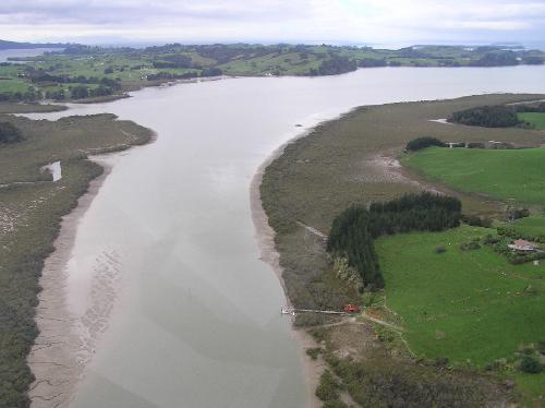 Hamiltons Landing aerial, looking downstream
