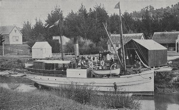 Steamboat Kotiti at Puhoi Wharf, 1899