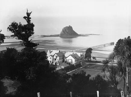 Waiwera, Henry Winkelmann, 1907