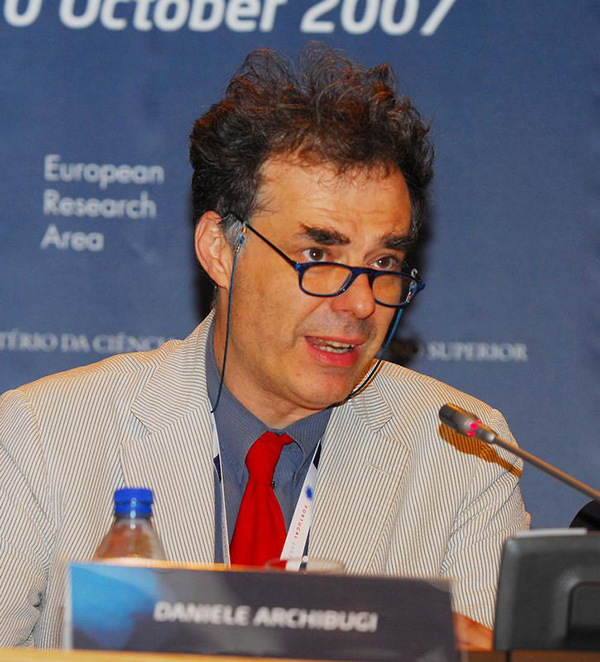 Daniele Archibugi at the Future of Science and Technology conference, Portugal, 2007