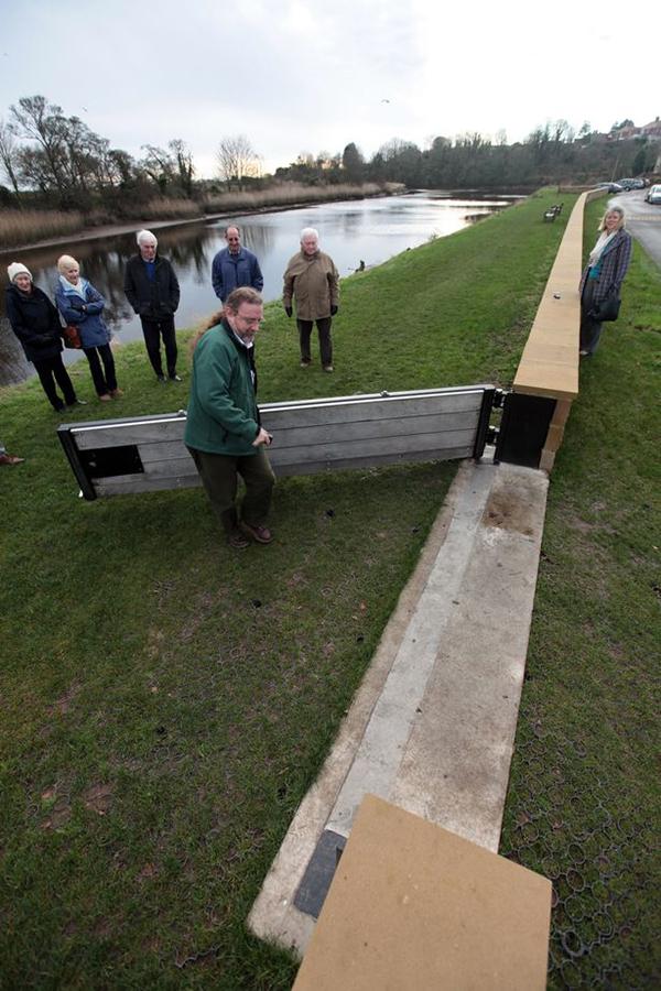 Warkworth floodwall and floodgate