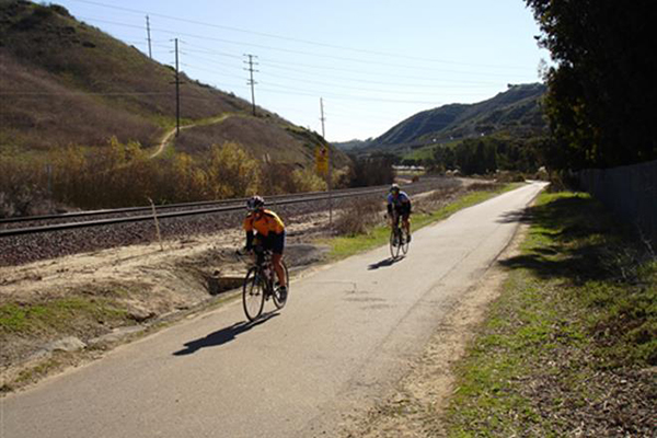 Rose Canyon rail-with-trail