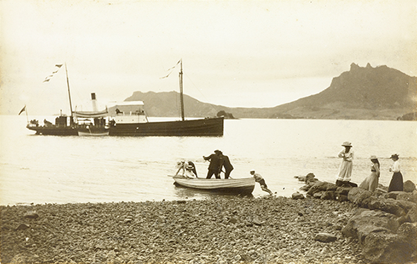 Steamboat Coromandel, off Urquharts Bay 1905